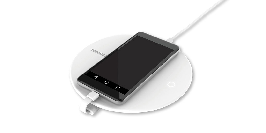 Toshiba announces a charging station with backup for smartphones 1